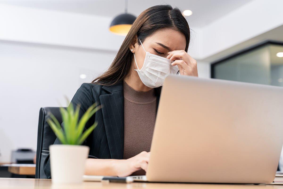 Burnout y estrés laboral por crisis de COVID-19